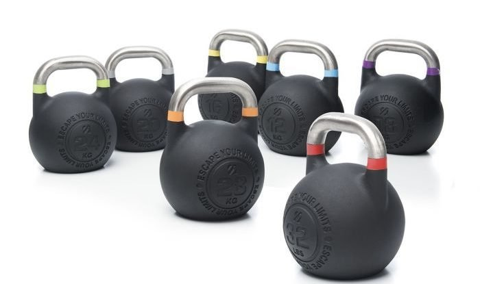 Kettlebell workouts in the park